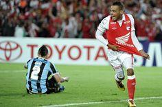 Santa Fe, a cuartos de final de Copa Libertadores. 16-05-2013 Fes, Grande, Sport, Saints, Santa Fe, Breakfast Nook, Cardinals, Champs, Dibujo