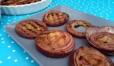 Løkskiver på grillen Baked Potato, Potatoes, Baking, Ethnic Recipes, Food, Grilling, Bakken, Eten, Bread