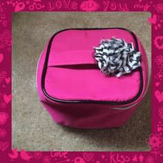 Lancôme Make Up Bag Never used. Great condition. Lancome Accessories