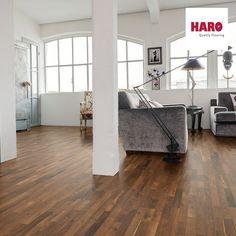 klasszikus + modern = Nyerő összhatás!  Nyomj egy lájkot, hogyha neked is tetszik ez az enteriőr!   A képen a Haro Amber Robinia (535 566) faparkettáját láthatod! :)  www.dreamfloor.hu  #design #interior #home #decor #architecture #style #wood #floor #laminated #room #colorful #homedesign #amazing #livingroom #beautiful #today #photooftheday #instagood #igers #minimal #perspective #pattern #life #otthon #lakberendezes #laminalt #kenyelem #fa