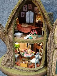 Greggs Miniature Imaginations is dedicated to different craft projects that I am inspired to create, from my unstoppable imagination and love of miniatures. Gnome Tree Stump House, Fairy Tree Houses, Gnome House, Fairy Garden Houses, Fairy Crafts, Fairy Doors, Miniature Fairy Gardens, Dollhouse Miniatures, Creations
