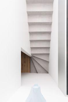 Béton ciré - escalier - par Ambiance Béton Sàrl