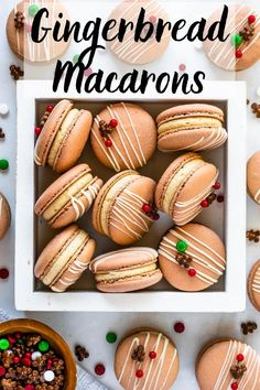 Gingerbread Macarons filled with Gingerbread Buttercream. The perfect Christmas Macarons. Christmas Recipes Dinner Main Courses, Easy Thanksgiving Recipes, Holiday Recipes, Holiday Treats, Christmas Treats, Vegan Recipes Beginner, Healthy Recipes On A Budget, Vegetarian Recipes Dinner, Macarons Christmas