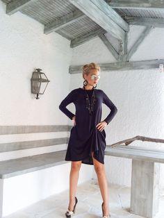 Black robe asymétrique  Blouse  tunique / Short noir manches