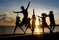 20 Sep, 2015 : Yoga Groove Workshop - Tamarama Beach NSW #yogaworkshop   Bookings: http://glomad.com/experience/1381