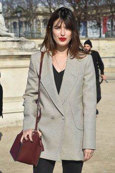 "Jeanne Damas is the Epitome of ""French Girl Cool"" - Man Repeller Jeanne Damas, French Girl Style, French Girls, Fashion Mode, Girl Fashion, 20s Fashion, Fashion Outfits, Fashion Styles, Easy Style"