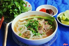 Experience Hanoi like a local and tour the city's attractions with the kids who live there. Explore Hanoi via food culture with many delicous street food: Pho, Bun Cha, Banh Cuon, Banh Mi. Vietnamese Cuisine, Vietnamese Recipes, Pho Noodle Soup, Bo Bun, Top 15, Banh Xeo, Beef Salad, Good Food, Yummy Food