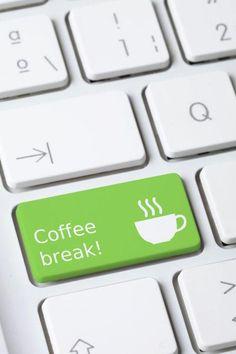 Coffee break! Sò qua... però sto anche un pezzetto al mare... V :)