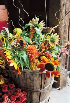 Country Wedding Decorations   ... country flowers country brides country wedding ideas country wedding