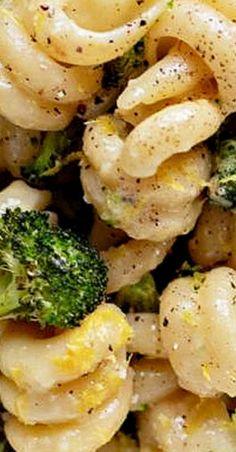 Broccoli Lemon Carbonara Angel Hair Pasta Recipes, Best Pasta Recipes, Best Italian Recipes, Fun Easy Recipes, Spaghetti Recipes, Noodle Recipes, Easy Meals, Favorite Recipes, Healthy Recipes