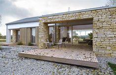 Ready-made house designs Farmhouse Architecture, Residential Architecture, Interior Architecture, Self Build Houses, Interesting Buildings, Modern Barn, Prefab Homes, Beautiful Architecture, Modern House Design
