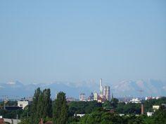 Blick vom Südbalkon auf München und Alpen von 2-Zimmerwohnung Schwabing-Freimann