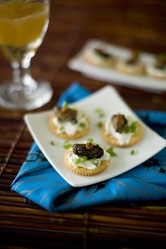 A simple and fast Asian appetizer using canned smoked oysters and the ever popular chili garlic condiment, sriracha.