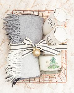 Easy Gift Basket Ideas for the Holidays - Maison de Pax - - Home gift ideas are perfect for hostess gifts, teacher gifts, kids presents, and more. Check out these easy gift basket ideas for the holidays! Christmas Gift Baskets, Christmas Gifts For Mom, Homemade Christmas Gifts, Homemade Gifts, Holiday Gifts, Christmas Diy, Hygge Christmas, Holiday Ideas, Father Christmas