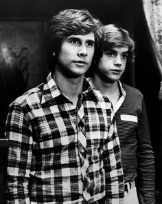 """Where Are They Now? Child Stars of the '70s Parker Stevenson got the acting bug by being dragged along to sets by his mother, a commercial actress. Parker starred in the """"The Hardy Boys/Nancy Drew Mysteries"""" series in the late '70s alongside fellow teen heartthrob Shaun Cassidy."""