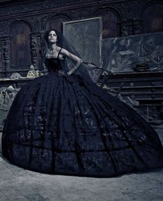 Dolce & Gabbana Haute Couture by Paolo Roversi for Vogue Italia #belle #epoque