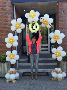 Boog 50 jaar getrouwd Do It Yourself Projects, 50th Anniversary, Confetti, Balloons, Birthday Parties, Artwork, Party, Gifts, Handmade