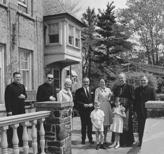gracefilm:  Princess Grace with her family and Cardinal Krol in Philadelphia, 1963.