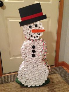 Here is a snowman diaper cake that I did for the baby shower that I recently hosted for my sister.  She is due in late December and isn't finding out the gender so we did a pink and blue winter/Christmas themed shower.  (McGrath Baby Shower by V. Shoemaker)