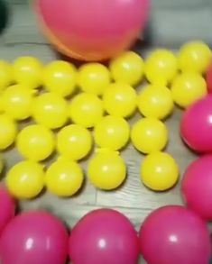 rnrnSource by crespomeco Balloon Arch Diy, Balloon Crafts, Balloon Flowers, Balloon Wall, Balloon Bouquet, Balloon Tree, Birthday Decorations At Home, Birthday Balloon Decorations, Diy Party Decorations