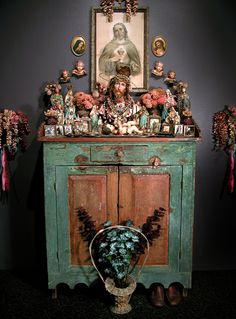 Laurie Beth Zuckerman: LAURIE ZUCKERMAN'S PERSONAL HOME ALTAR TO HER FATHER GEORGE ZUCKERMAN, 1996