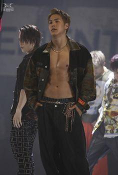 Japanese Boy, My Man, Boys, People, Kpop, Artists, Womens Fashion, Baby Boys, Senior Boys