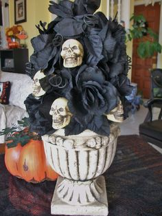 Very simple Halloween centerpiece made from Dollar Tree items.