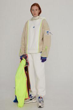 Sport Chic, Sport Casual, Colour Blocking Fashion, Colorful Hoodies, Sport Wear, Colorful Fashion, Fashion 2020, Custom Clothes, Streetwear Fashion