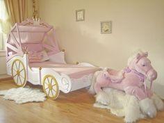 Horse drawn carriage bed✨So cute! Baby Bedroom, Baby Room Decor, Nursery Room, Girl Nursery, Girls Bedroom, Nursery Themes, Princess Bedrooms, Princess Room, Pink Princess
