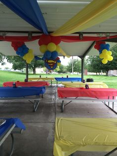 A lot of balloons for decoration Superman Baby Shower, Marvel Baby Shower, Superhero Baby Shower, Superhero Party, Superman Birthday Party, Baby 1st Birthday, Birthday Ideas, Baby Shower Themes, Baby Boy Shower