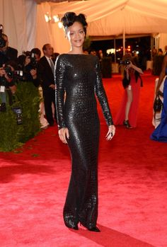 2012 MET - Rhianna in Tom Ford...her nails were spectacular.