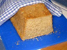Tässä leivässä ovat kaikki osatekijät kohdallaan: sen maku ja rakenne ovat hyviä, se on helppo tehdä ja onnistuu aina, ei tarvita koneita, eikä tule paljon tiskiäkään. Tulos on takuuvarma kun käytät...