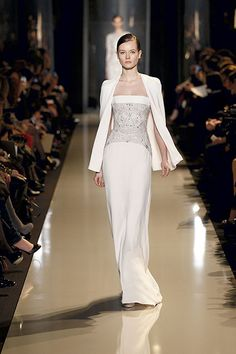 Elie Saab Couture Spring Summer 2013 Fashion Show Style Couture, Couture Fashion, Runway Fashion, Fashion Show, Fashion Design, Fashion Glamour, Women's Fashion, Elie Saab Couture, Evening Dresses