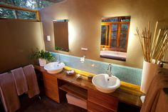 Makakatana - Room 6 Bathroom