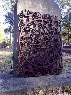 GOTHIC NEW ORLEANS ORNATE CAST IRON GRATE ARCHITECTURAL WROUGHT METAL