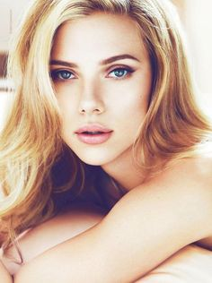 Scarlett Johansson. Love the natural makeup