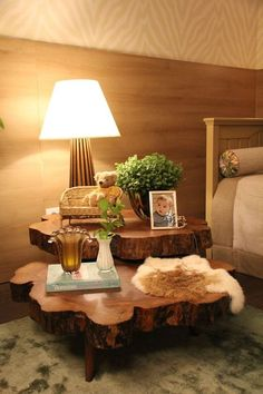 Choosing the Best Wooden Coffee Table Live Edge Furniture, Log Furniture, Furniture Design, Contemporary Coffee Table, Contemporary Decor, Piece A Vivre, Deco Design, Cozy House, Wood Table