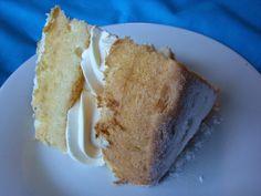 An Old-Fashioned Cream Sponge Cake Old Fashioned Recipes, Whoopie Pies, No Bake Treats, Sponge Cake, Pound Cake, Frugal Living, Cornbread, Vanilla Cake, Homesteading