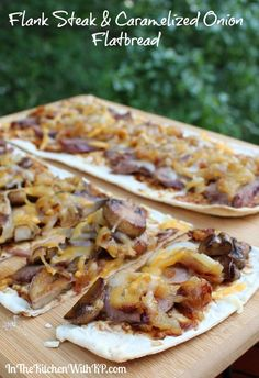 WMF Cutlery And Cookware - One Of The Most Trustworthy Cookware Producers Flank Steak And Caramelized Onion Flatbread - In The Kitchen With Kp Flank Steak Tacos, Flank Steak Recipes, Meat Recipes, Dinner Recipes, Cooking Recipes, Steaks, Steak Pizza, Pizza Pizza, Pizza Party