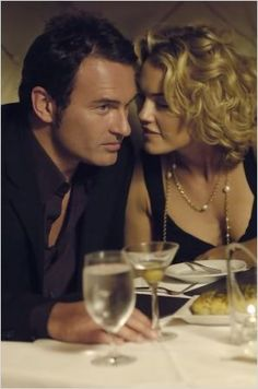 nip tuck netflix | Nip/Tuck : Photo Julian McMahon, Kelly Carlson Kelly Carlson, Julian Mcmahon, Penny Dreadful, Kelly Brook, Perfect Couple, Orange Is The New Black, Actor Model, Best Shows Ever, American Actors