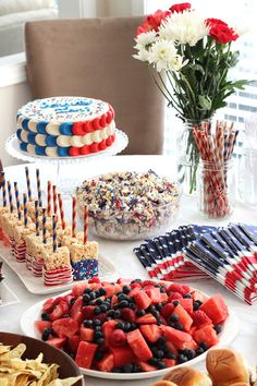 Fourth Of July Food, 4th Of July Party, July 4th, Patriotic Party, Patriotic Crafts, Rice Krispie Treats, Rice Krispies, Memorial Day, American Themed Party