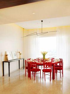 Мебель и предметы интерьера в цветах: красный, бежевый. Мебель и предметы интерьера в стиле лофт.