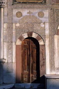 Door, Topkapi Palace, Istambul - Turkey