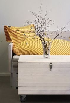 Trikoolakana, keltainen/ oranssi Outdoor Furniture, Outdoor Decor, Outdoor Storage, House Styles, Home Decor, Decoration Home, Room Decor, Home Interior Design, Backyard Furniture