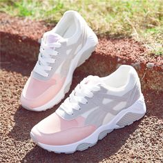 2018 Newest Tennis Shoes For Men Retro Classic Athletic Trainers Sports Footwear Breathable Outdoor Walking Sneakers Price history. Sports Shoes For Girls, Girls Shoes, Ladies Shoes, Shoes Women, Sneakers Fashion, Fashion Shoes, Moda Sneakers, Sneakers Sale, Sneakers Women