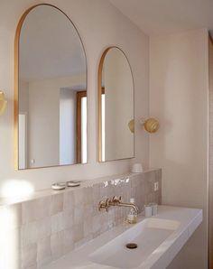Bathroom Renos, Small Bathroom, Master Bathroom, Upstairs Bathrooms, Minimalist Home Decor, Bath Remodel, Beautiful Bathrooms, Bathroom Interior Design, Interiores Design