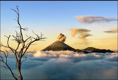 National Geographic Travel ~ A beautiful view of Mount Semeru in Indonesia ~ Photo by Hartono Hosea National Geographic Photo Contest, National Geographic Travel, Digital Photography School, Holiday Places, Mount Fuji, Above The Clouds, Sky Art, Photo Location, Heaven On Earth