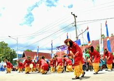 rangguk dance from kerinci   take photo at sungai penuh