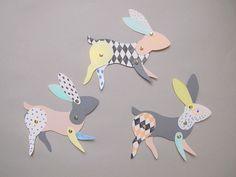 DIY bunny by Lucille Michieli for Paper Mache magazine.