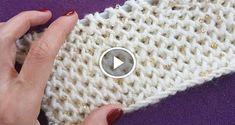 Herkese Merhaba İşkembe Örgü Modeli Yapılışı anlatmak istiyoruz. Bu model tekli ilmekler üzerine kuruluyor ve ters ten örülüyor. Bu modeli Nerelerde Kullanabiliriz; Bebek Örgülerinde Yeleklerde Bere Modellerinde Atkı Modellerinde Örülmesi kolay ve zevkli bir modeldir kolay gelsin. Knitting Videos, Arm Knitting, Baby Knitting Patterns, Knitting Stitches, Knitting Designs, Crochet Designs, Puff Stitch Crochet, Crochet Chart, Moss Stitch